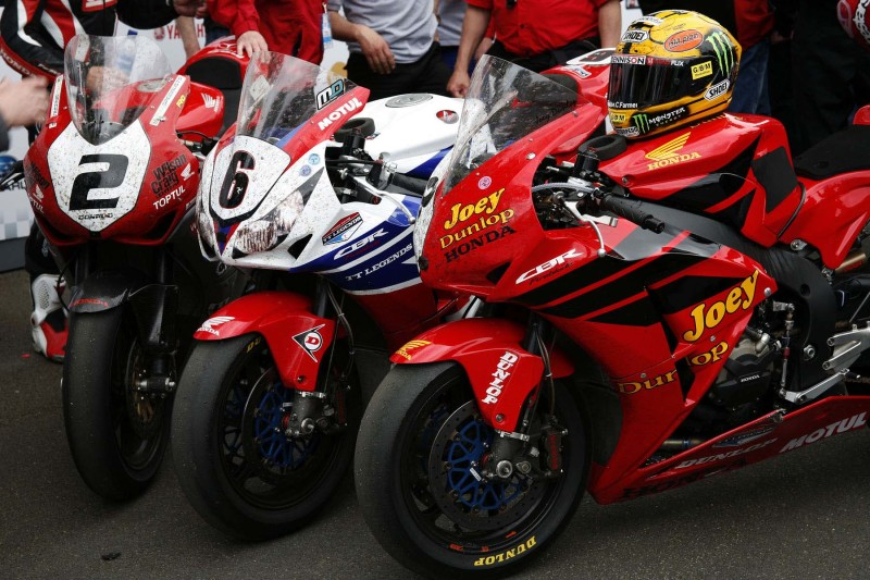 Honda Fireblade на Isle of Man TT 2013