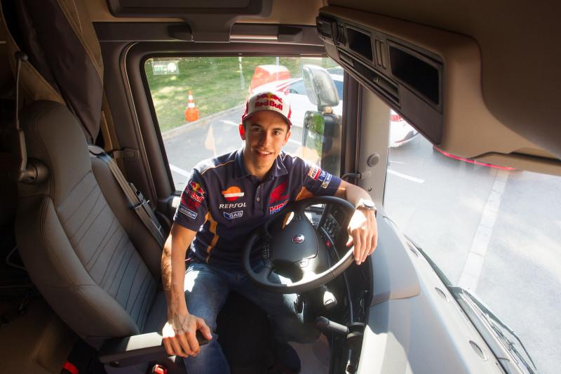 Марк Маркес и Scania R580