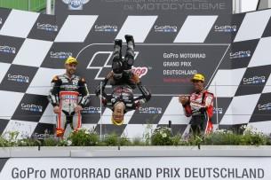 Жоанн Зарко, сальто, гонка Moto2 Гран-При Германии 2016, победа