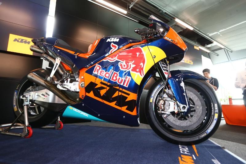 KTM RC16, ливрея