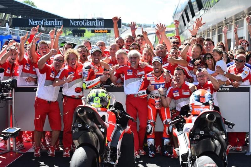 Ducati в полном составе. Ианноне, Довициозо, победа, MotoGP 2016