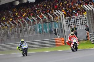 Росси, Довициозо 2016 17 GP Malaysia 47339