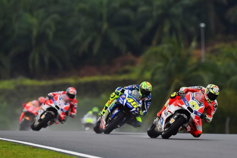 Ианноне, Росси, Довициозо 2016 17 GP Malaysia 47343
