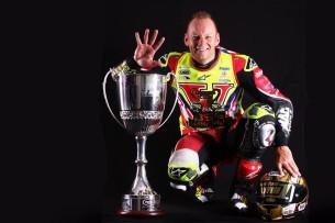 Шейн Берн - чемпион British Superbikes 2016