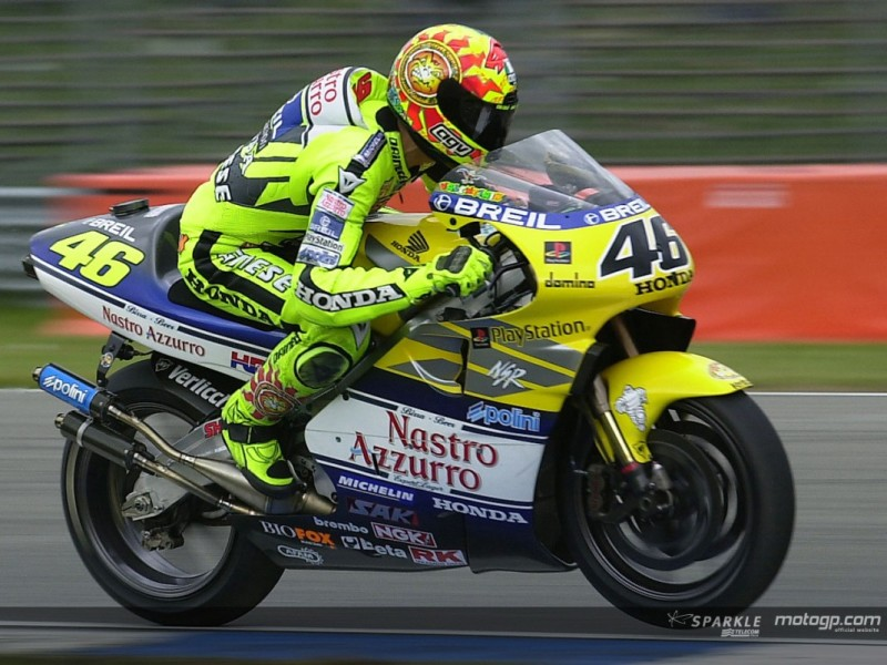 135325_rossi-action-2000-1280x960-may26.jpg.gallery_full_top_lg