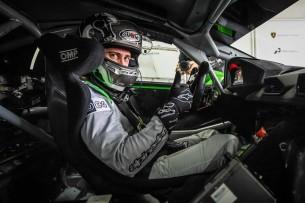 Андреа Довициозо на Lamborghini Super Trofeo 2016