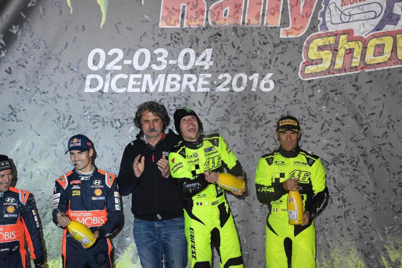 Валентино Росси победил на Monza Rally Show 2016