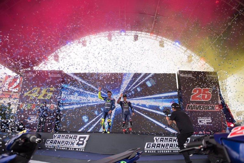 Росси и Виньялес на Yamaha GP
