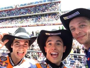 Селфи, подиум, Педроса, Маркес, Росси, Остин, Техас, Гран-При Америк MotoGP 2017