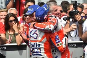 Довициозо и Петруччи | MotoGP Гран-При Италии 2017 |   00397