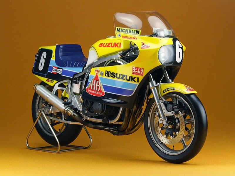 Suzuki GS1000R (Suzuka 8-Hours 1983)