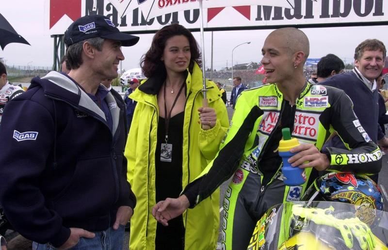 Дуэн, Росси и Берджесс (2000)