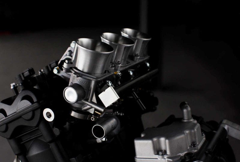 Мотор Triumph для класса Moto2