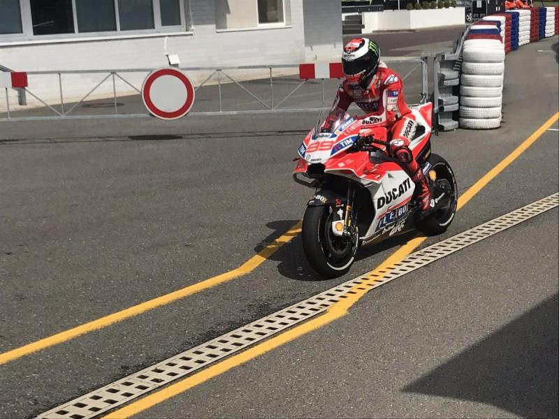 Новый аэрообтекатель Ducati Team (Брно, 2017)