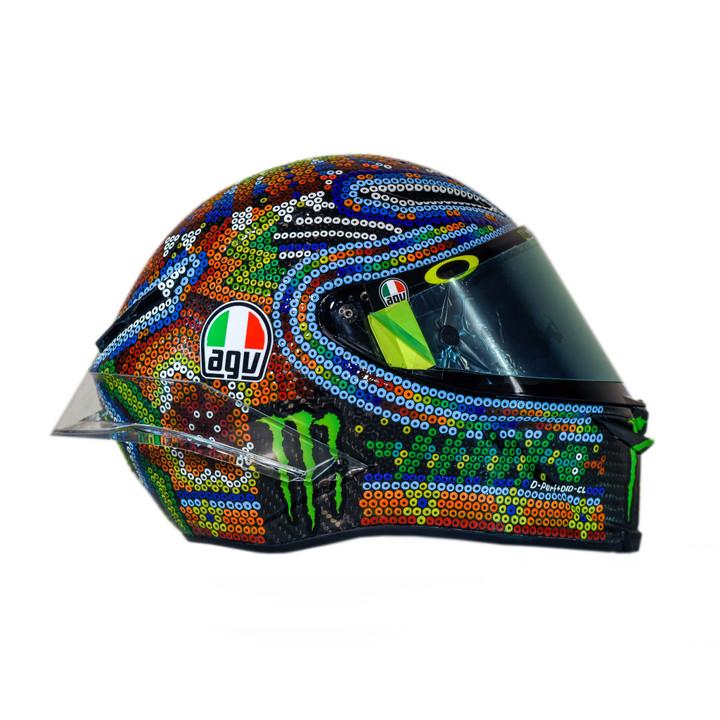 Шлем Валентино Росси для зимних тестов 2017 - 2018
