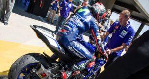Маверик Виньялес на Yamaha R World Riding Experience