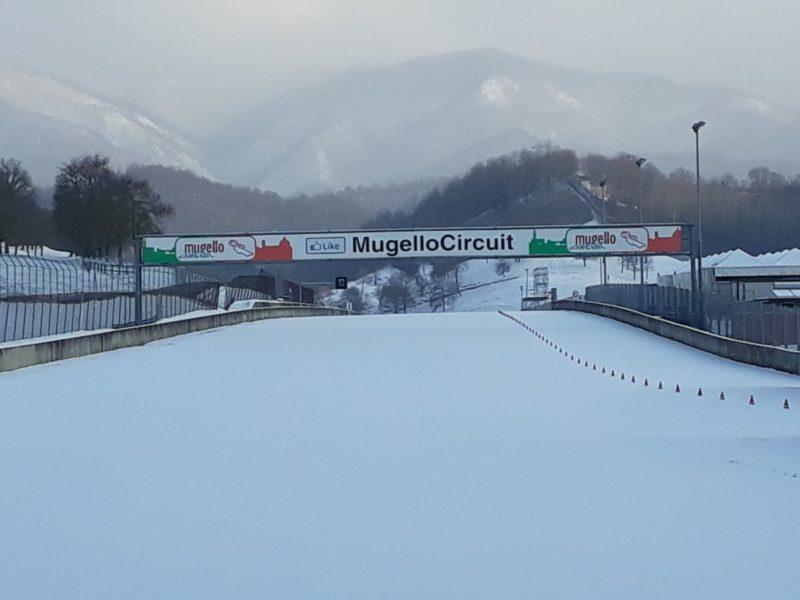 На треке Муджелло выпал снег (февраль 2018)