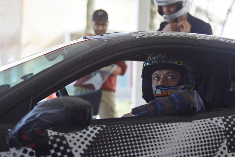 Валентино Росси тестирует Ferrari 488 Pista