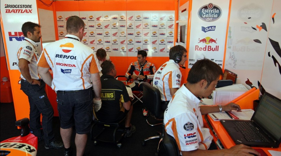 гонщик Repsol Honda Дани Педроса
