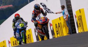 Moto3 2014: Миллер и Аегертер