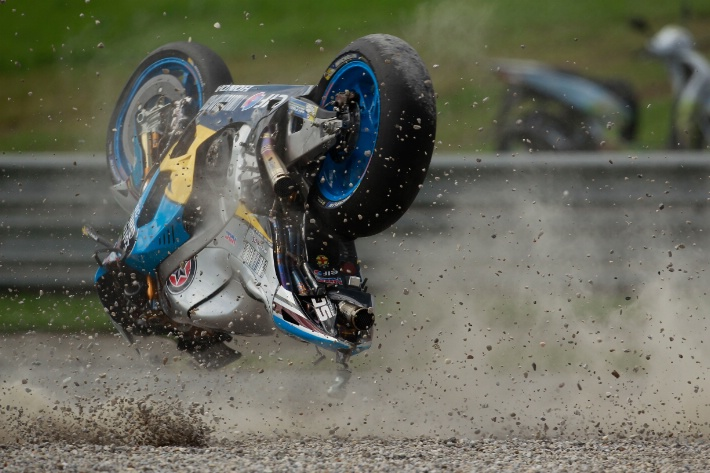 Раскадровка падения Джека Миллера в квалификации MotoGP Гран-При Австрии