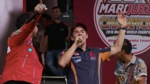 Видео: Марк Маркес уходит в певцы