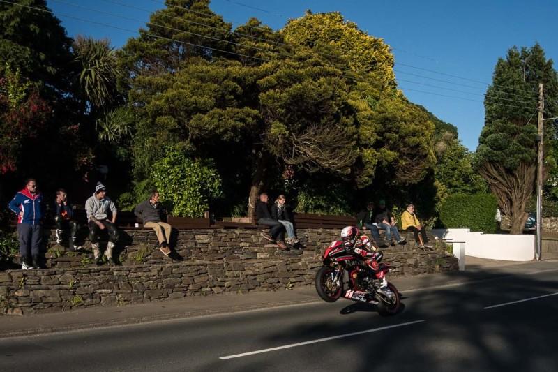 Коронавирус вышвырнул фестиваль скорости Isle of Man TT из 2021 года