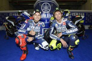 Лоренсо и Росси на презентации Yamaha Factory Racing 2013