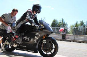 Йонас Фольгер на тестах Kalex Triumph