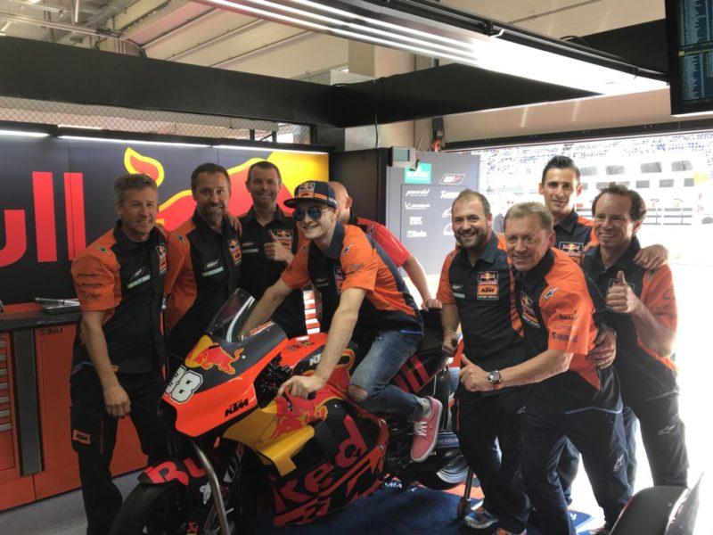 Джеффри Херлингс в гараже Red Bull KTM (Ред Булл Ринг, 2018)