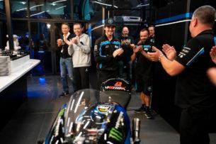 Франческо Баньяйя подарили байк Moto2