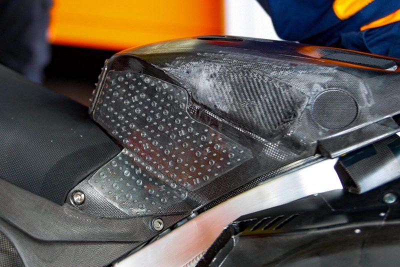 Крышка бака на Honda Хорхе Лоренсо (Херес, 2018)