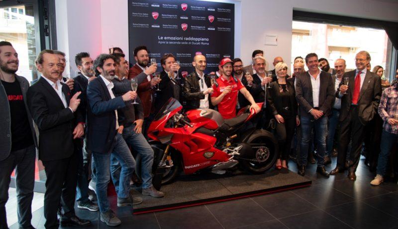 Довициозо на открытии мотосалона Ducati (Рим, 2019)