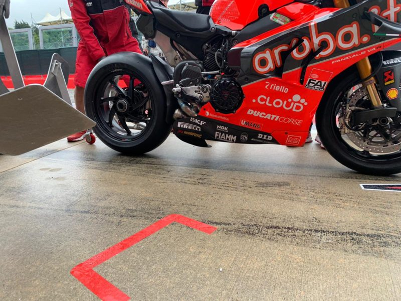 Дефлектор на маятнике, Ducati, WSBK