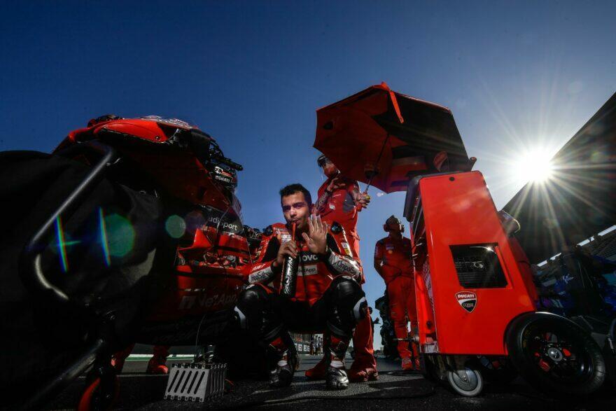 Петруччи благодарит Ducati и «с радостью» направляется в КТМ (16 место)