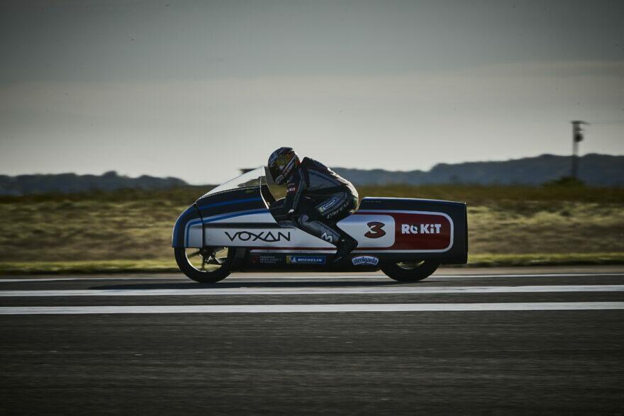 Бьяджи раскочегарил Voxan Wattman до 408 км/ч и поставил 11 электрорекордов FIM!