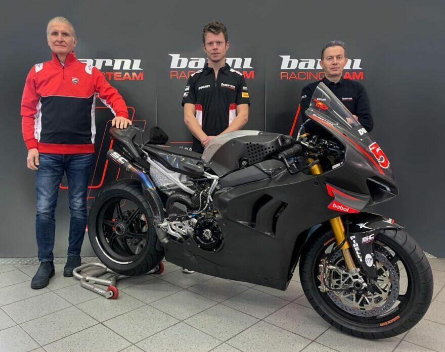 WSBK: Ducati подхватила Рабата и проводила до Barni Racing Team