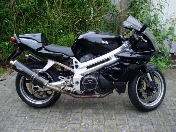 Aprilia SL 1000 Falco R 2004
