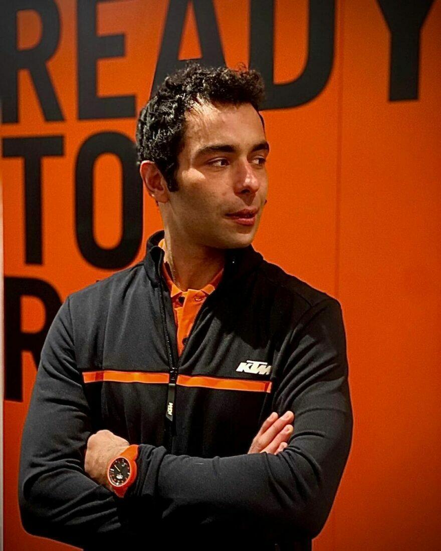 #фотоGP: первое изображение «оранжевого» Петруччи